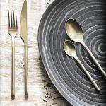 Menos es más: tips para poner la mesa simple y minimalista