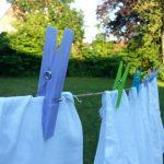 Tips para lavar  eficientemente los uniformes escolares