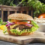 #CheeseFromTheUsa: Celebra el día de la hamburguesa desde tu casa con esta auténtica receta americana